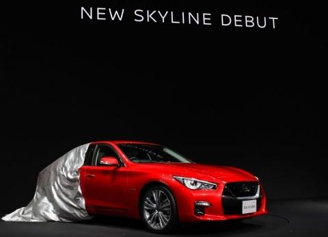 نيسان تكشف عن سيارة Skyline السيدان الجديدة: ذاتية القيادة