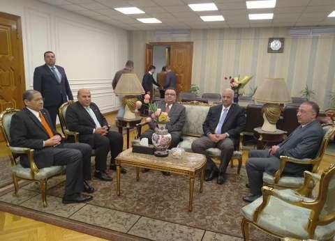 رئيس جامعة الإسكندرية: عيد الشرطة مناسبة وطنية تجسد أسمى صور الانتماء