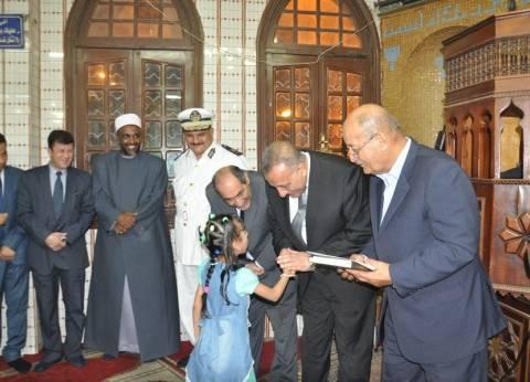 محافظ الجيزة يكرم 30 فائزا بمسابقة حفظ القرآن الكريم