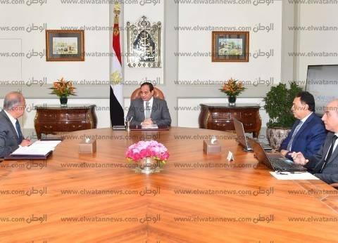 السيسي يلتقي رئيس الوزراء ووزير الصحة لبحث تطورات الحالة الصحية للمصابين بالنزلة المعوية في شبرا