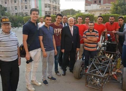 اختبار سيارة سباق صممها طلاب هندسة الزقازيق بحضور رئيس الجامعة