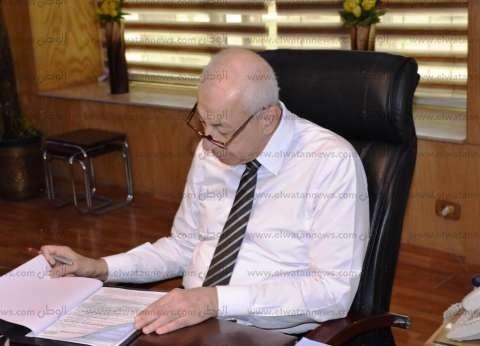 محافظ أسوان يكلف باختيار الإدارة التعليمية الأفضل بالمحافظة