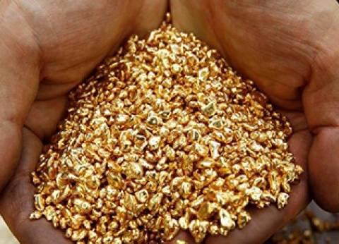 استقرار أسعار الذهب مع زيادة المخاوف بشأن الحماية التجارية الأمريكية