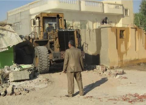 بالصور| إزالة 12 حالة تعدي على أملاك الدولة بأبو زنيمة في جنوب سيناء