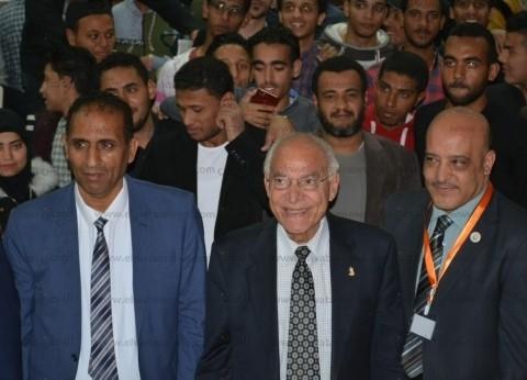 فاروق الباز: جامعة أسوان نواة حقيقة لممر التنمية في جنوب مصر