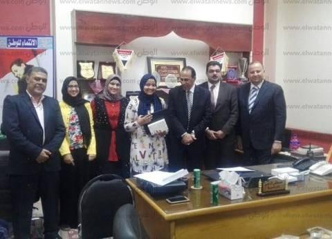 """تكريم أوائل الشهادتين الابتدائية والإعدادية في جنوب سيناء بـ""""تابلت"""""""