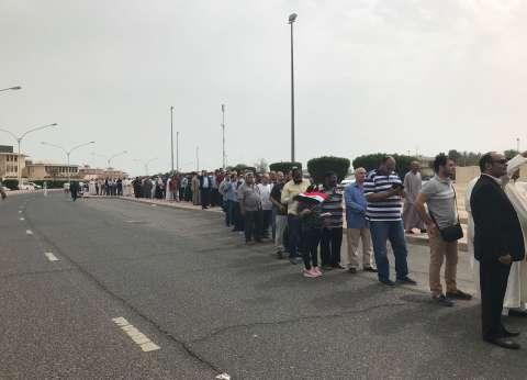 بالفيديو والصور| إقبال المصريين على التصويت في الكويت