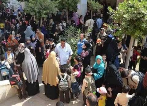 وقفة احتجاجية لطلاب الثانوية العامة بالإسكندرية اعتراضا على فصلهم
