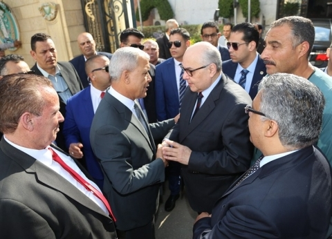 محافظ المنوفية يناقش تنظيم مؤتمر للتوعية بالاستفتاء مع رئيس حزب الغد