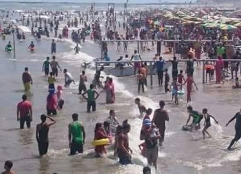 إنقاذ 62 من الغرق.. وتسليم 240 طفلا تائها لذويهم بمصيف رأس البر