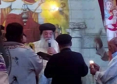 """الأنبا هدرا يزور كنيسة """"ظهور العذراء"""" في إدفو"""