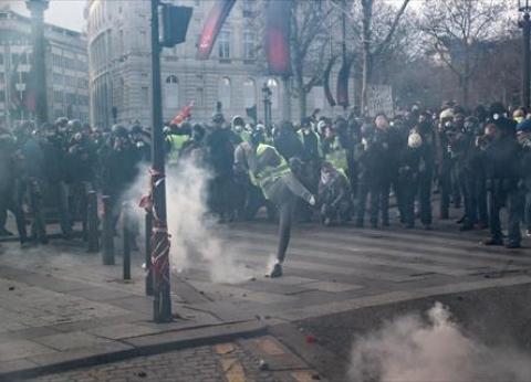 """توقيف 400 من محتجّي """"السترات الصفراء"""" في بلجيكا وإصابة شرطي"""