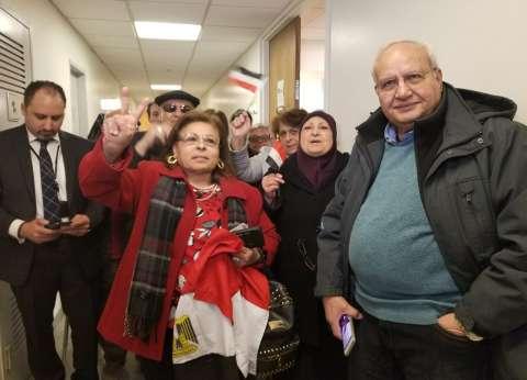 بالصور| المصريون يدلون بأصواتهم بمقر القنصلية المصرية في نيويورك