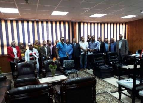 نائب رئيس جامعة المنيا يجتمع بمنسقي الأنشطة الطلابية