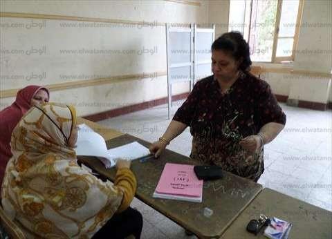 """""""راقب يا مصري"""": تواجد قوي للمرأة وكبار السن في جولة إعادة الانتخابات بالجيزة"""