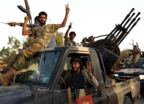 الجيش الوطني الليبي يدمر طائرة تركية محملة بالصواريخ في مصراتة