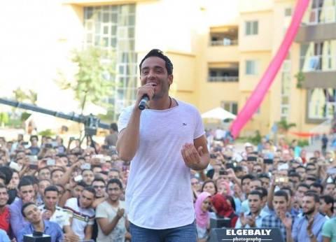 """رامي جمال ينشر صورته مع أشرف عبدالباقي.. وجمهوره: """"منورين"""""""