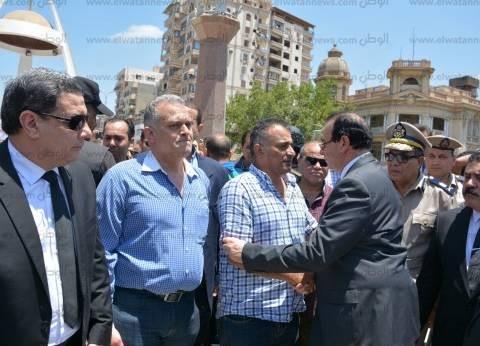 """محافظ الدقهلية خلال جنازة شهيد """"مباحث شربين"""": مصر لن تنسى شهداءها"""