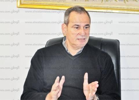 مدحت الشريف يؤيد مقترح بإصدار رئيس الوزراء لائحة قانون الاستثمار
