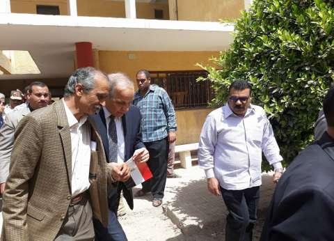 محافظ القليوبية يتفقد لجان الانتخابات ويحث المواطنون على المشاركة