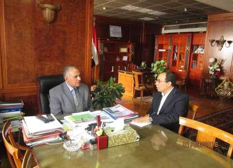 وزير الري يبحث مشاركة جامعة زويل في أسبوع القاهرة للمياه