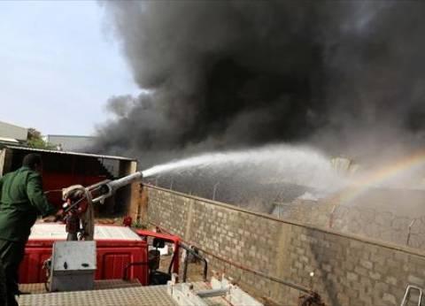 إخماد حريق اندلع بعمود إنارة في المنيا