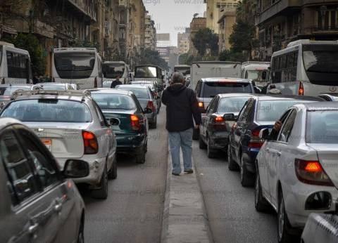 مواطنون يروون معاناتهم مع الزحام: الشوارع تتحول إلى «جراج كبير» فى أوقات الذروة