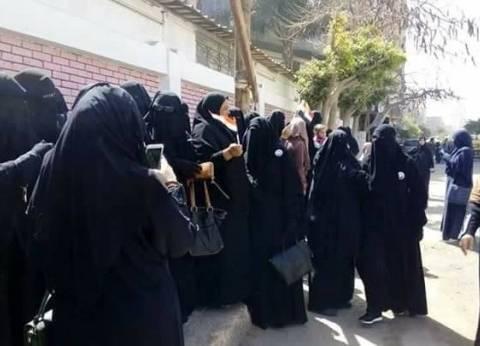 """نساء """"النور"""" يتصدرن المشهد في """"فاطمة الزهراء"""" بالإسكندرية"""