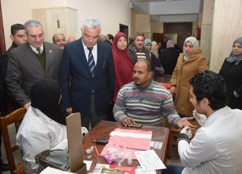 """""""100 مليون صحة"""" تكشف على 450 مواطنا في حملة داخل جامعة المنوفية"""