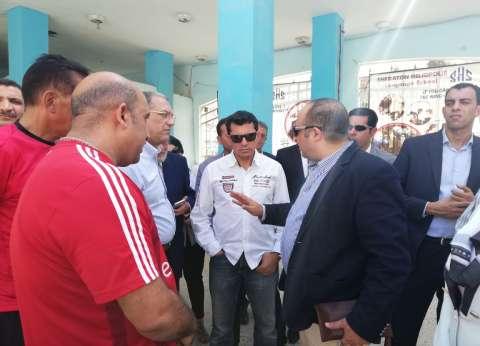 وزير الشباب والرياضة يتفقد مركز شباب باب الشعرية