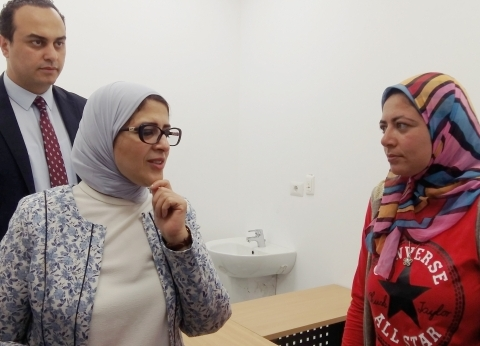 وزيرة الصحة تتفقد مستشفى بورسعيد العام.. والاستلام في 25 يونيو