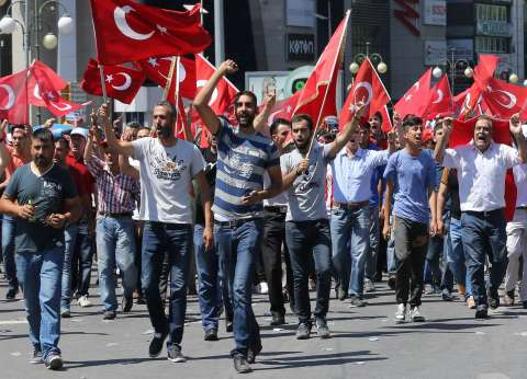 عاجل| ارتفاع عدد ضحايا محاولة الانقلاب التركي إلى 265 قتيلا