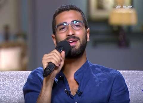 """بالفيديو  محمد الشرنوبي يغني """"أنا لحبيبي"""" في """"صاحبة السعادة"""""""