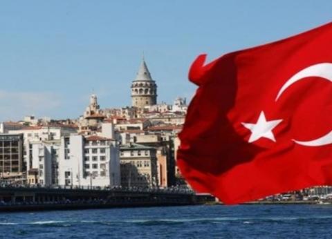 هبوط الليرة التركية أمام الدولار مع بداية التعاملات الصباحية