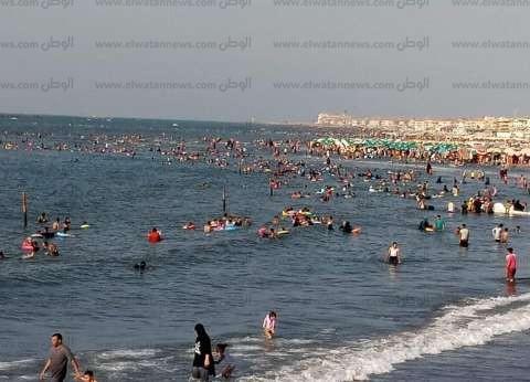 رأس البر تستقبل آلاف الزائرين خلال ثاني أيام عيد الأضحى المبارك