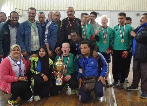 جامعة قناة السويس تفوز ببطولة كرة الجرس في أسبوع متحدي الإعاقة بالمنيا