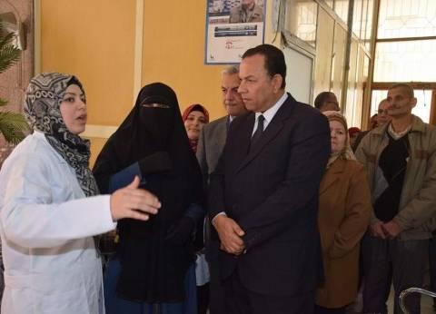 رئيس جامعة المنوفية في زيارة للمجمع الطبي بمجمع الكليات النظري