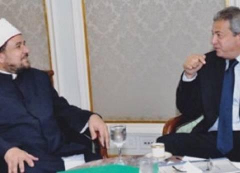 """""""4 حكومات ورئيسان"""".. """"خالد عبد العزيز ومختار جمعة"""" غير قابلين للتغيير"""