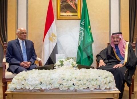 """العاهل السعودي لرئيس """"النواب"""": ندعم مصر في مسيرة التنمية"""