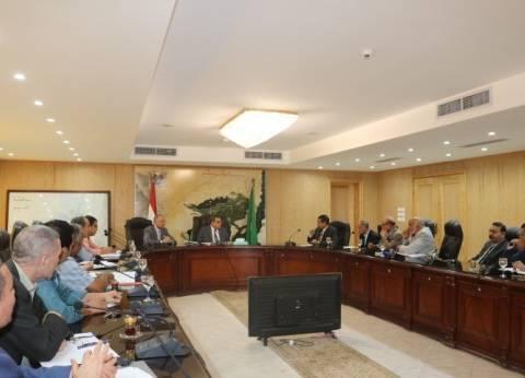 """محافظ الفيوم يوافق على إصدار خطاب تصدير منتجات """"أميسال"""" من الأملاح"""