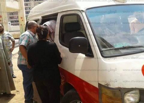 """""""الصحة"""" تدفع بـ25 سيارة إسعاف لنقل مصابي """"تفجير العريش"""""""