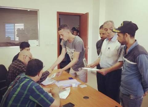 827 من صيادي بورسعيد يصرفون إعانة مادية من الجهاز التنفيذي للمحافظة