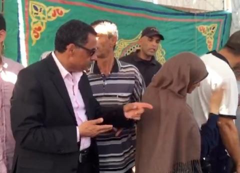 بالفيديو والصور| مدير أمن الإسماعيلية يفتتح معرض الداخلية للخضروات والفاكهة
