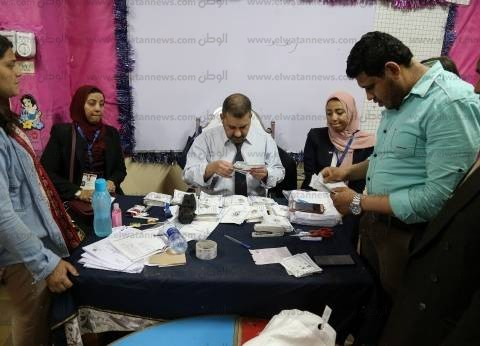 مؤشرات أولية| السيسي 20787 صوتا وموسى 633 بلجنة عامة رقم 2 ببورسعيد