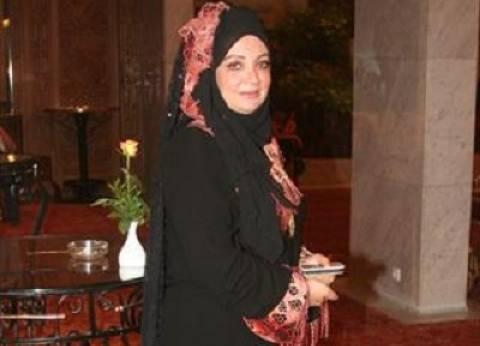 بالفيديو| الفنانة المعتزلة شهيرة: أخشى العودة للتمثيل لرفضي خلع الحجاب