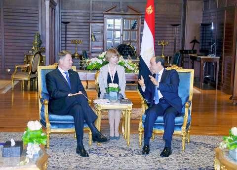 السيسي يستقبل رئيس رومانيا في شرم الشيخ