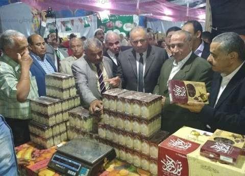"""افتتاح معرض """"أهلا رمضان"""" لتوفير السلع بأسعار مخفضة في بني سويف"""
