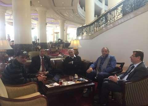 """""""شفيق"""" يعقد اجتماعا مع قيادات حزب الحركة الوطنية المصرية"""