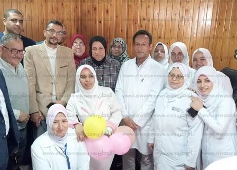 مستشفى العريش يكرم 14 سيدة من الأمهات المثاليات