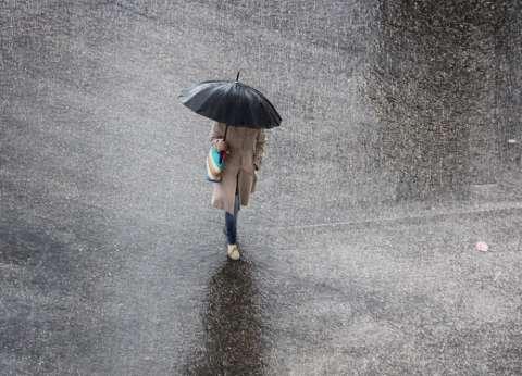 """""""الأرصاد"""": سقوط أمطار رعدية على بعض المناطق.. وطقس شديد البرودة ليلا"""